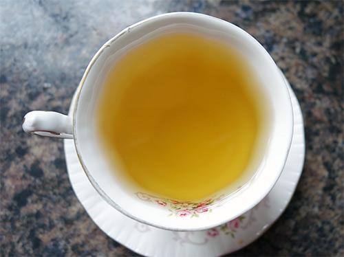 Twinings green tea colour
